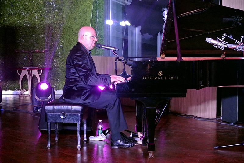 Jean-François Maljean au ViaVia Café, Chengdu.
