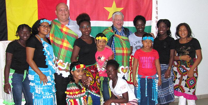 Le Ministre Vanhengel en visite au Suriname