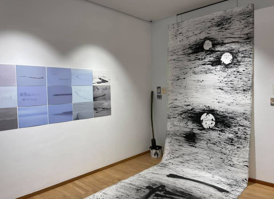A work in the exhibition, an abstract black and white work